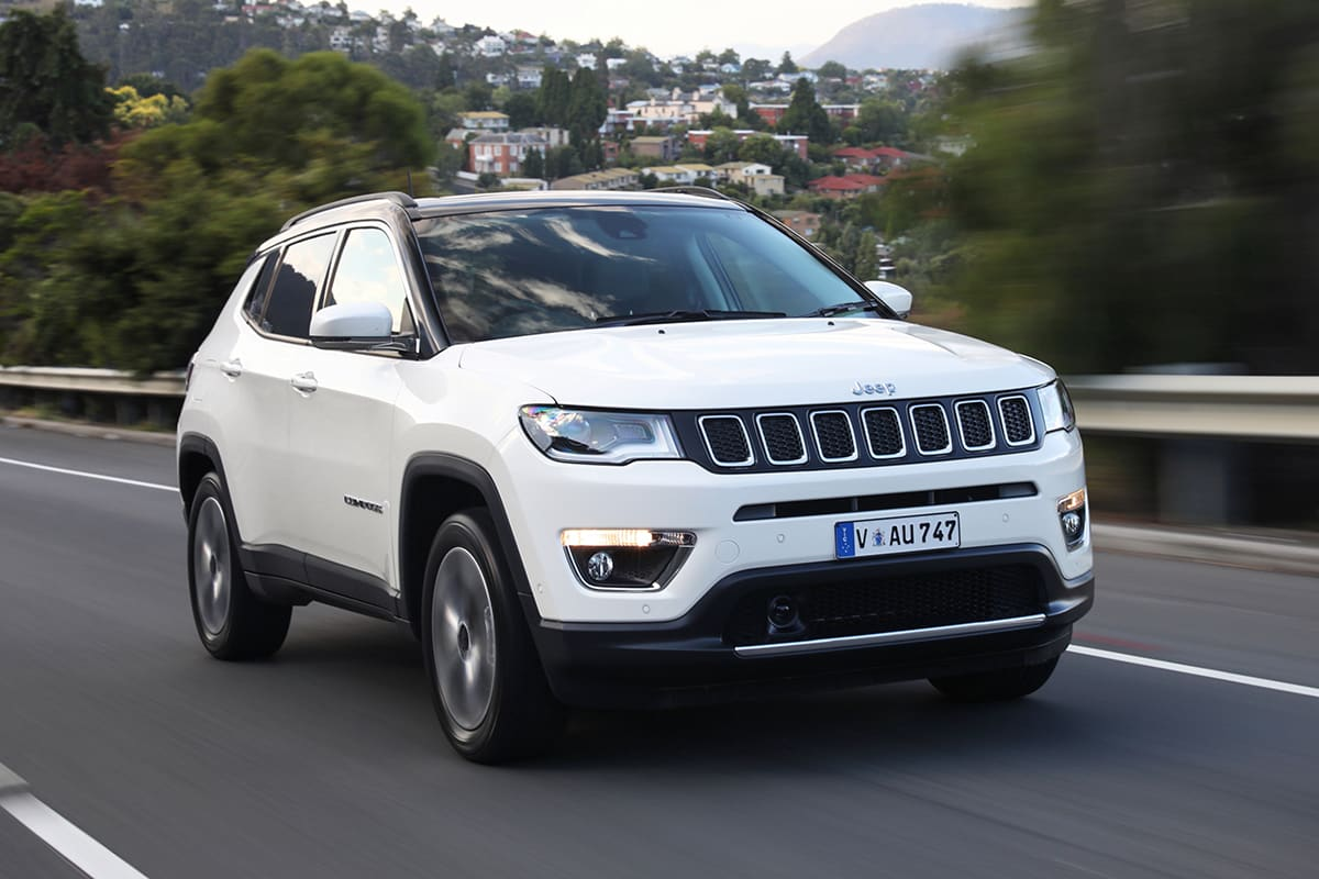 jeep compass longitude 2018 review snapshot carsguide. Black Bedroom Furniture Sets. Home Design Ideas