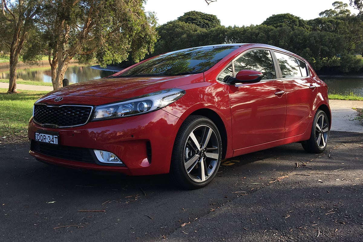 My Kia Performance >> Kia Cerato 2017 review | CarsGuide