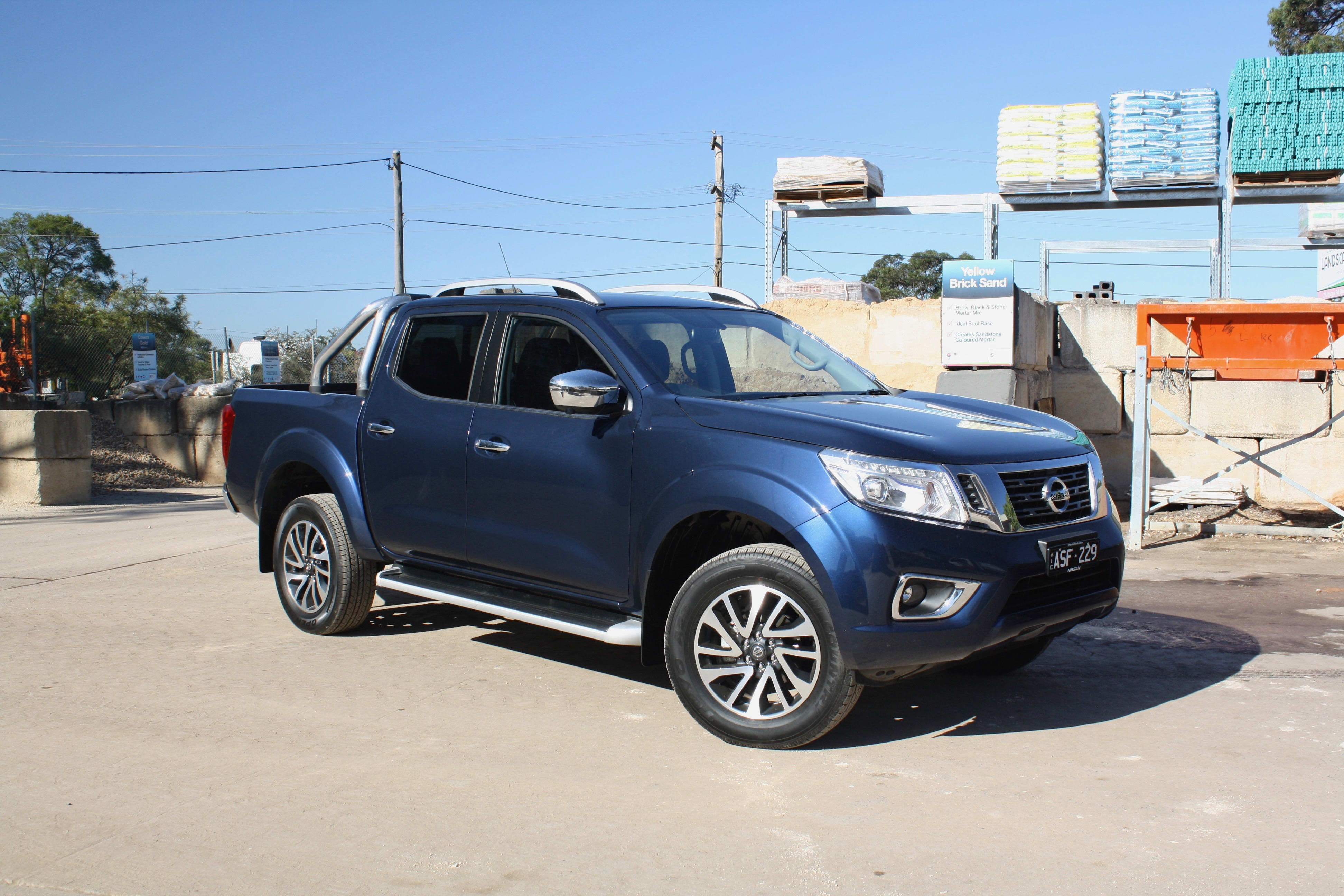 nissan navara st x 2018 review carsguide. Black Bedroom Furniture Sets. Home Design Ideas