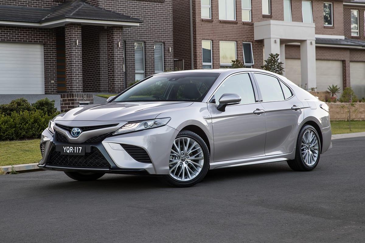 toyota camry new cars car reviews car shows car photos autos post. Black Bedroom Furniture Sets. Home Design Ideas