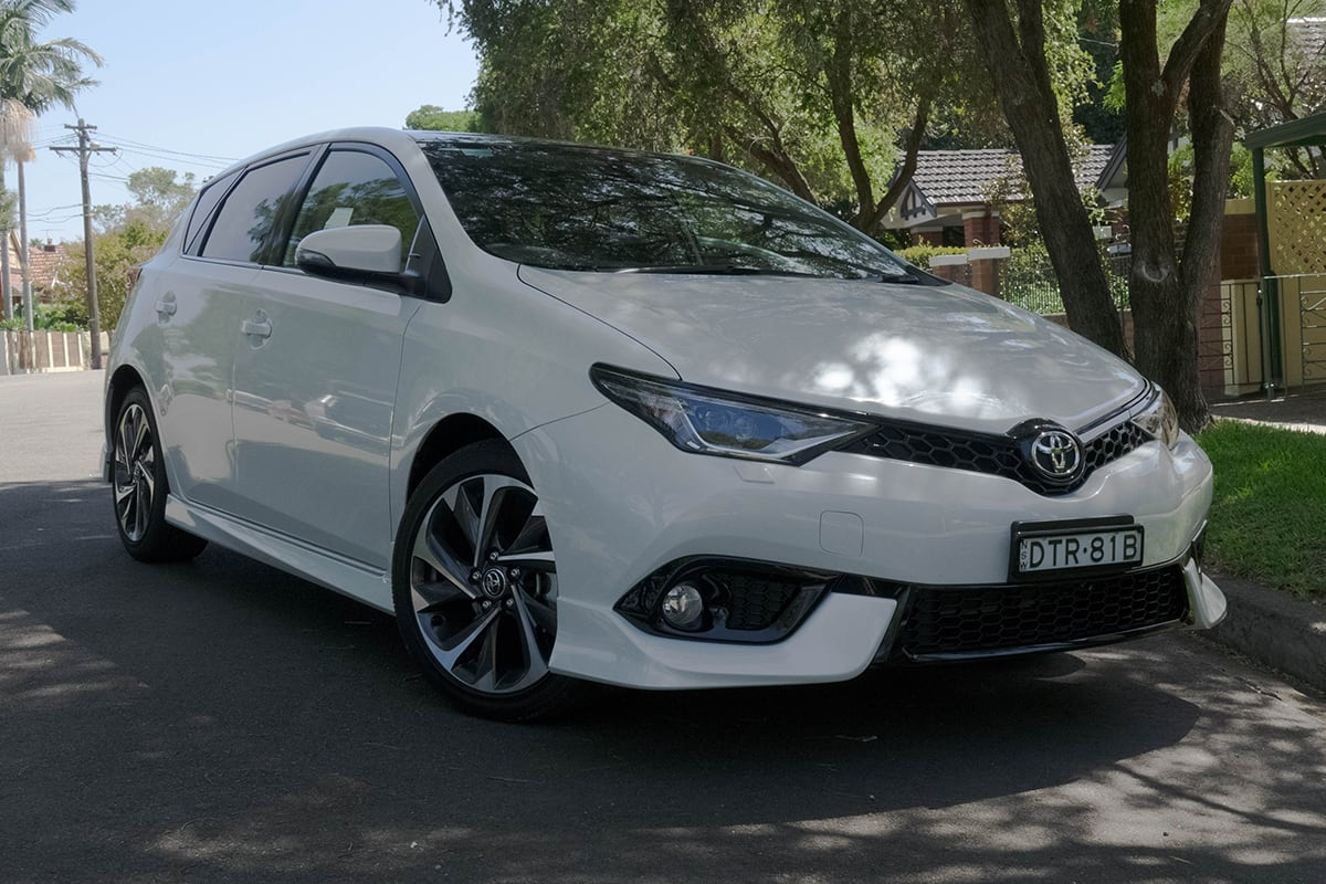 toyota corolla 2018 review zr hatch carsguide. Black Bedroom Furniture Sets. Home Design Ideas