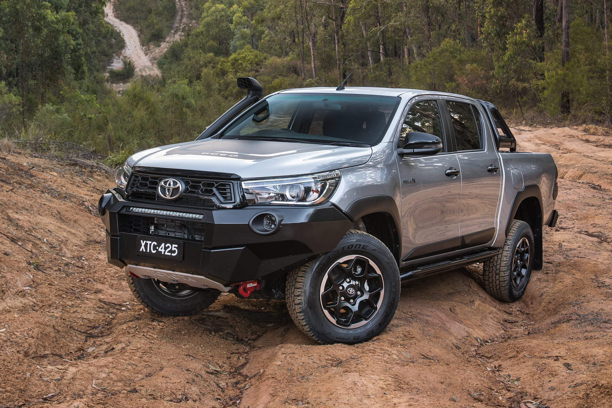 Toyota Hilux Rugged X 2018 Review Snapshot Carsguide