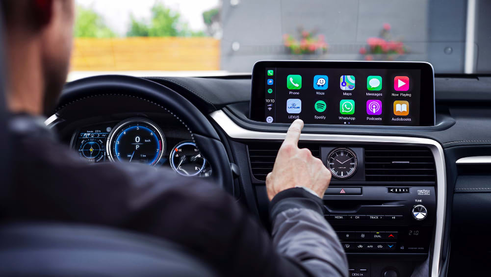 Lexus RX 2020: Apple CarPlay/Android Auto lead cabin-tech overhaul