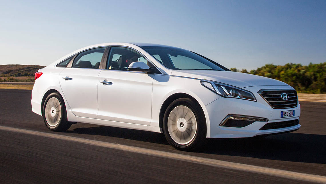 Hyundai Sonata 2.0T Elite 2016 review | CarsGuide