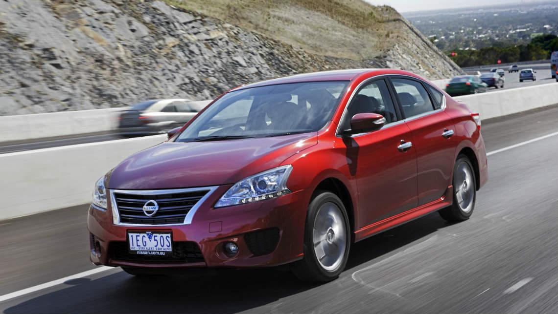 Nissan pulsar sedan 2015