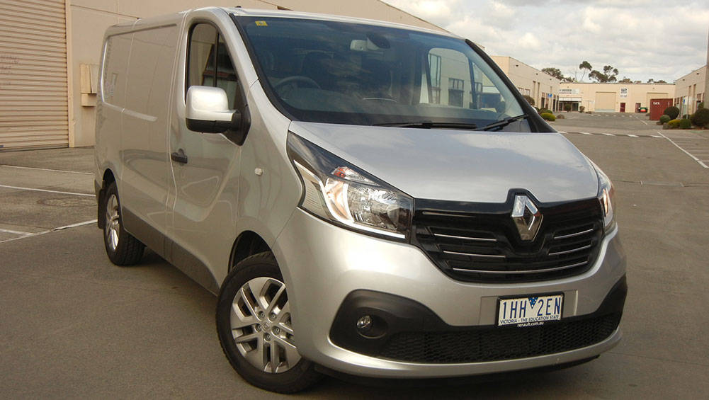 renault trafic short wheelbase twin turbo 2016 review carsguide. Black Bedroom Furniture Sets. Home Design Ideas
