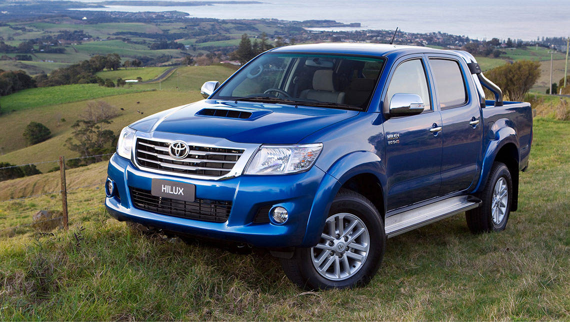 Toyota HiLux SR5 4WD dual cab turbodiesel 2014 review  CarsGuide