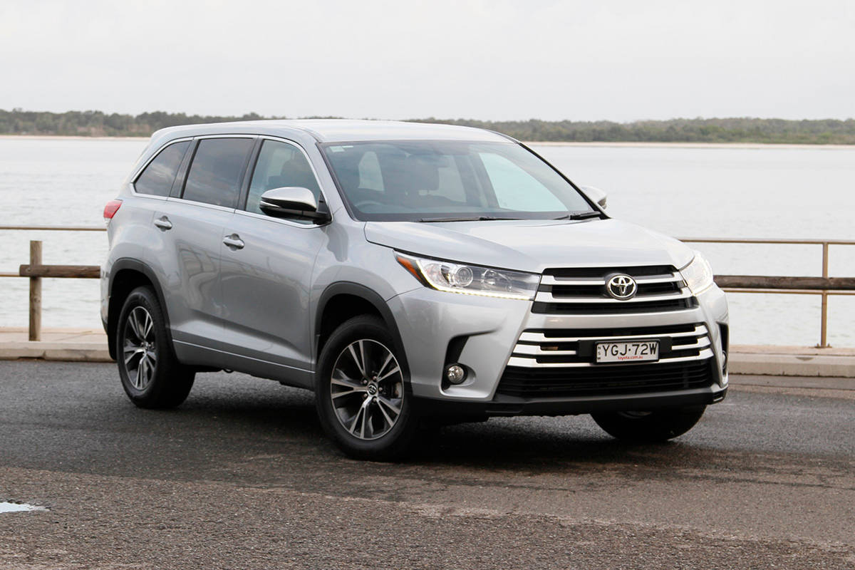 Toyota Kluger GX 2WD 2017 review | CarsGuide