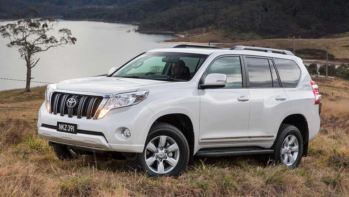 Toyota Land Cruiser Prado Altitude 2014 review | CarsGuide