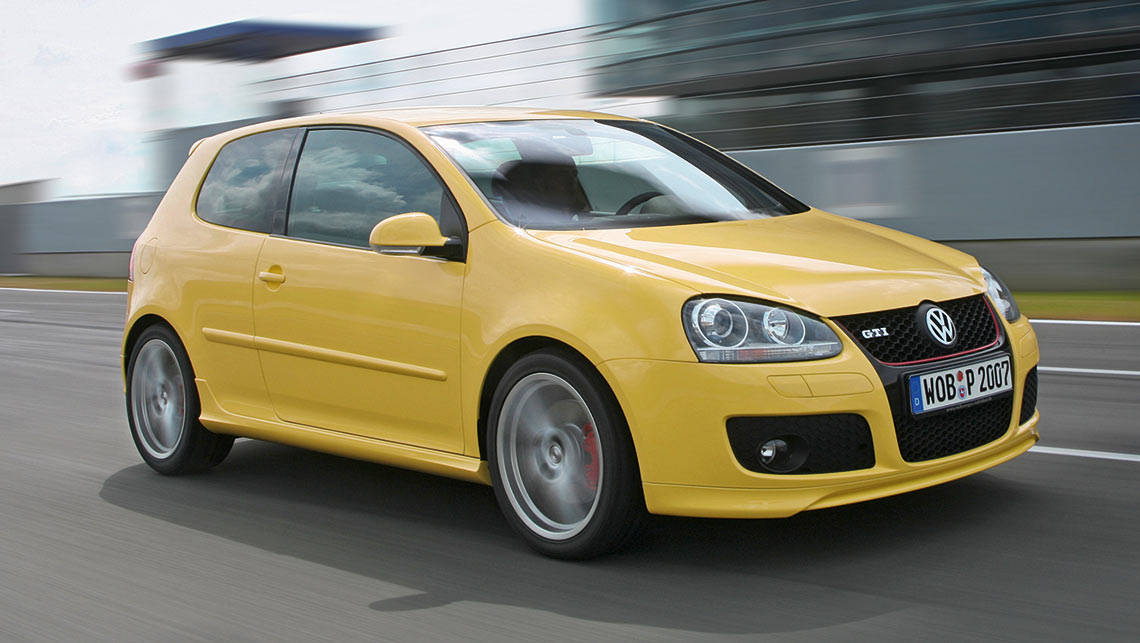 Car Buying App >> Volkswagen Golf GTI Pirelli 2009 review | CarsGuide
