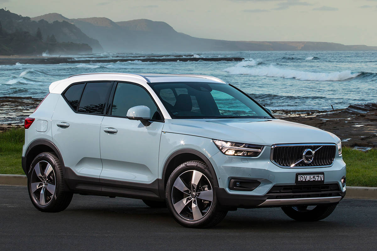 volvo xc40 momentum 2018 review snapshot carsguide. Black Bedroom Furniture Sets. Home Design Ideas