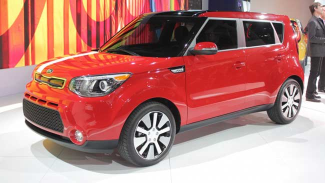 2014 kia soul review new cars car reviews car shows holidays oo. Black Bedroom Furniture Sets. Home Design Ideas
