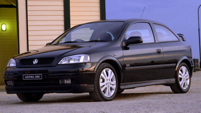 Used holden astra review 2001 2004 carsguide cheapraybanclubmaster Images