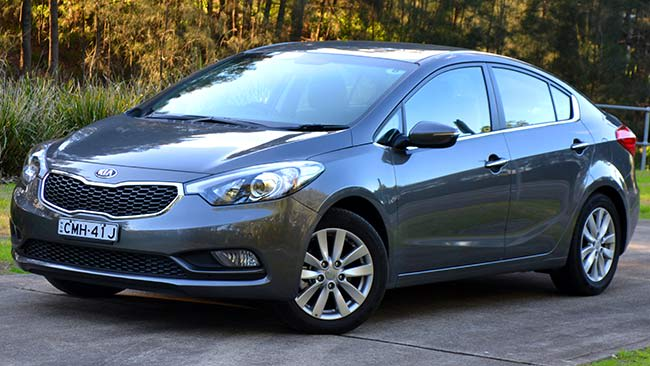 My Kia Performance >> Kia Cerato Si sedan 2014 review | CarsGuide