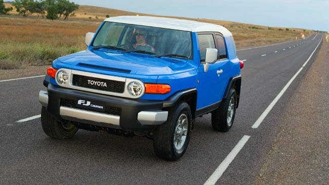 toyota fj cruiser 2012 review snapshot carsguide. Black Bedroom Furniture Sets. Home Design Ideas