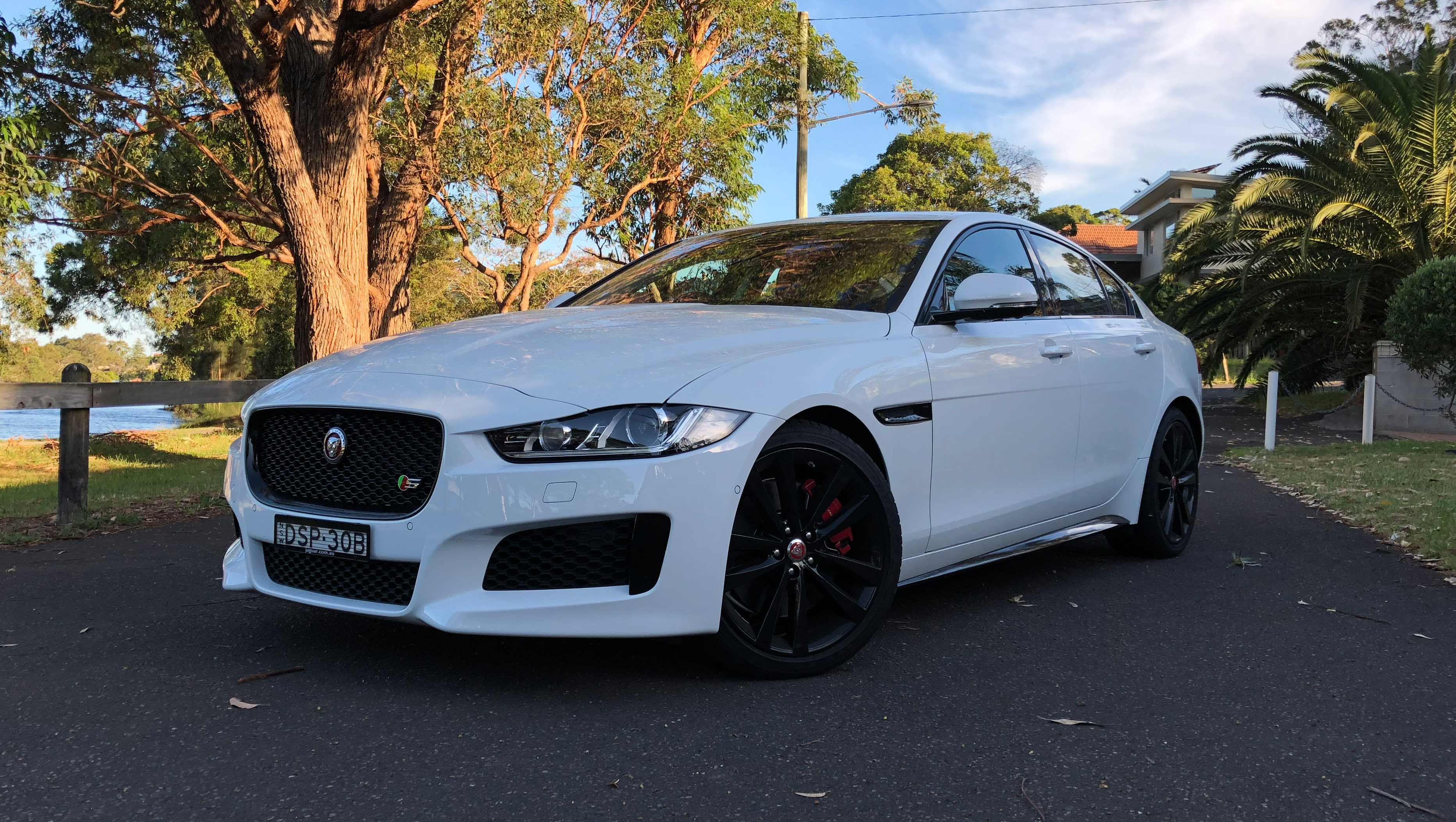 Jaguar XE 2018 review