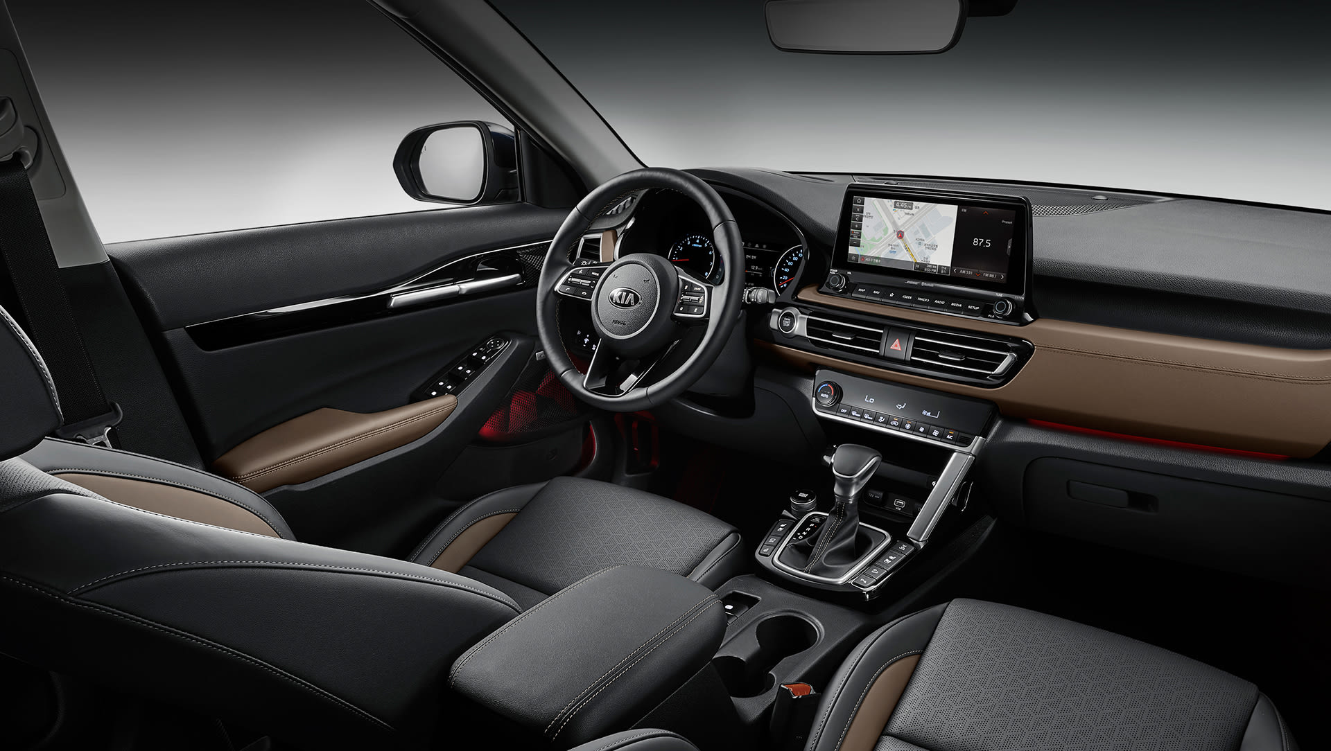 Kia Seltos 2020 First Look At Tech Rich Cabin And