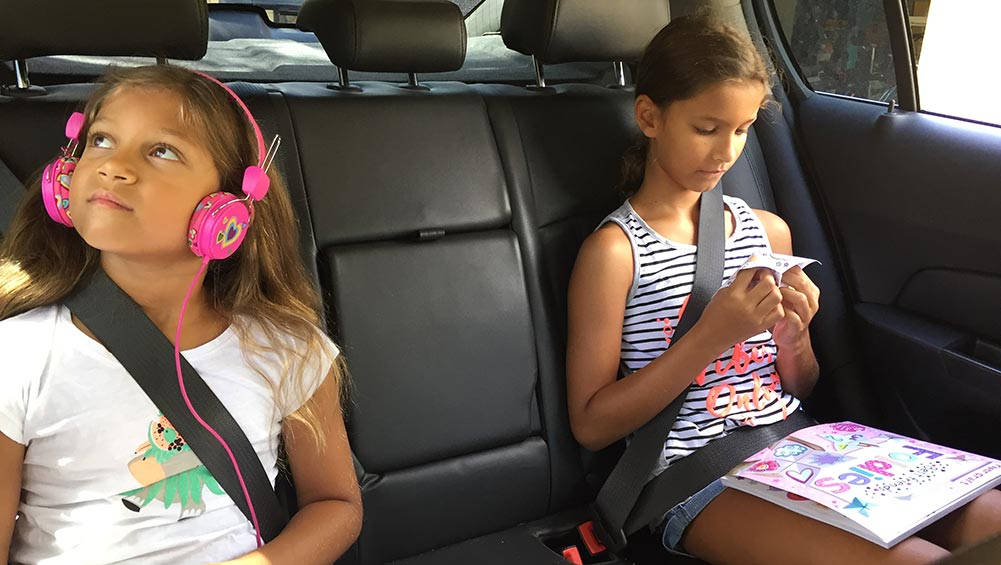 what to keep in your car when you have kids   car advice