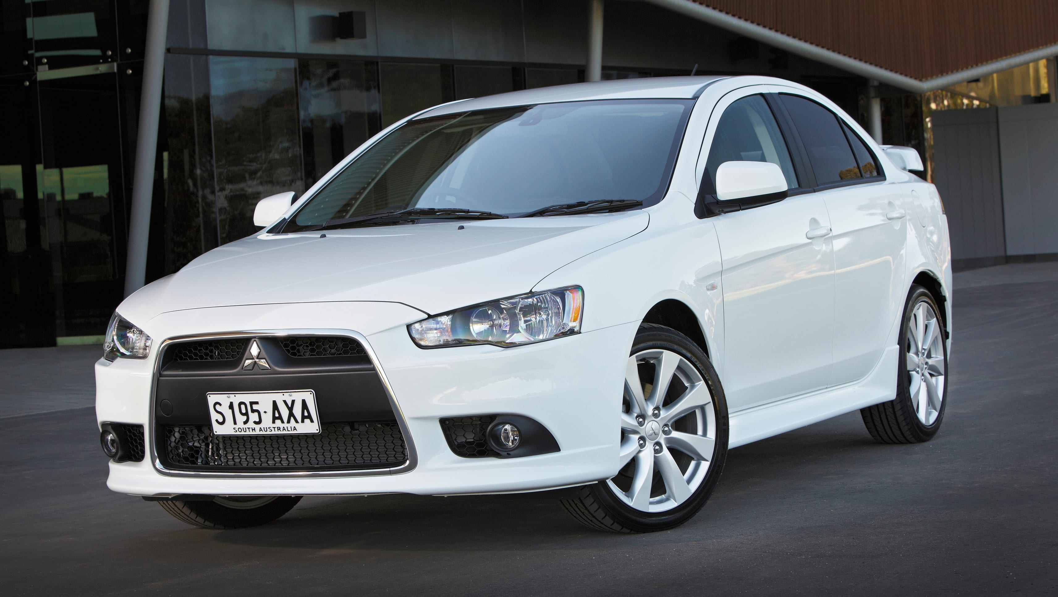 Used Mitsubishi Lancer Review 2007 2018 Carsguide