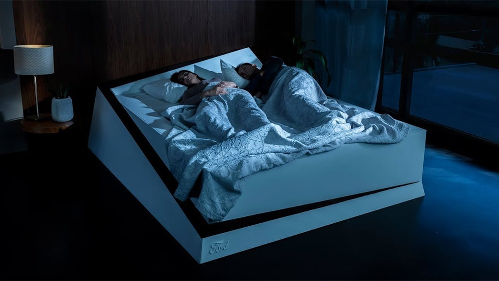Ford uses lane-keeping technology to fix bed-hogging dilemma