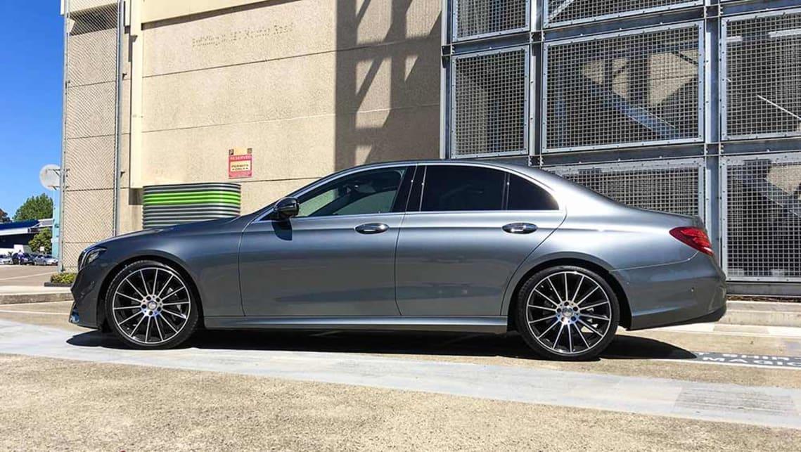 Mercedes benz e220d 2016 review road test carsguide for Mercedes benz big car