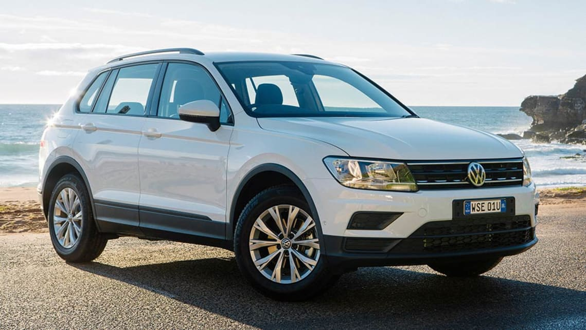 volkswagen tiguan 110tsi trendline 2017 review snapshot carsguide. Black Bedroom Furniture Sets. Home Design Ideas
