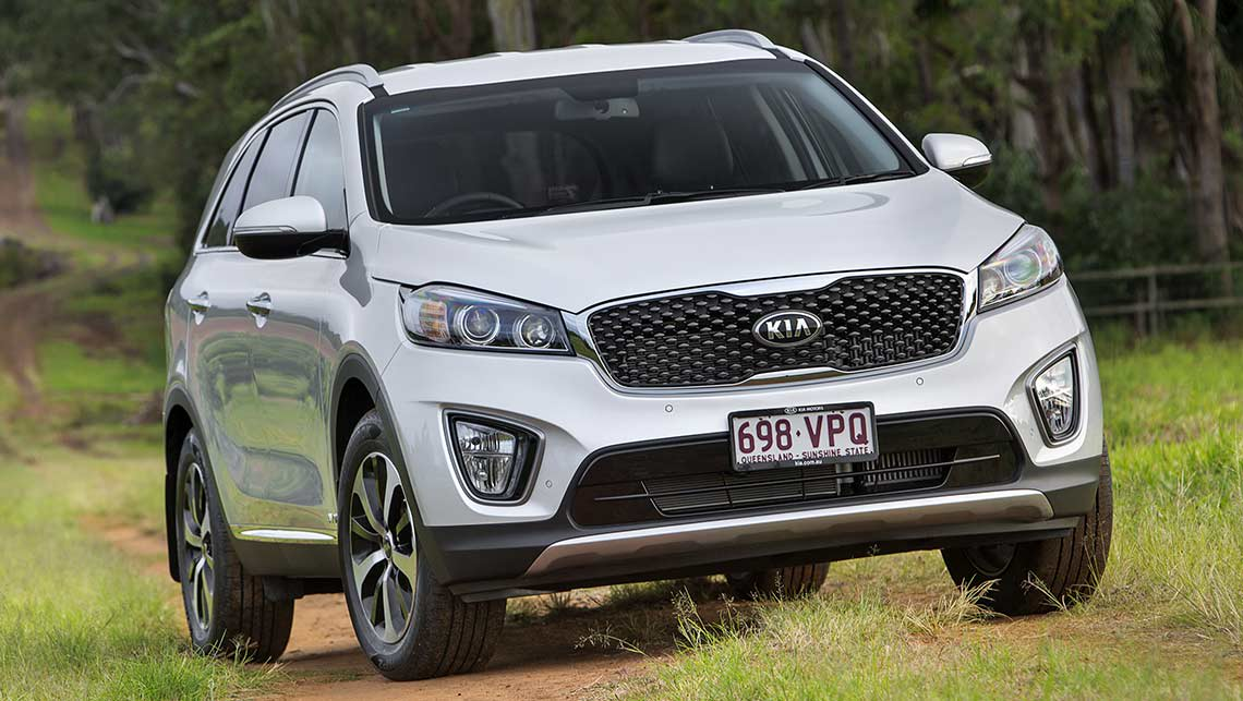 kia sorento wins 2015 car of the year video car news. Black Bedroom Furniture Sets. Home Design Ideas