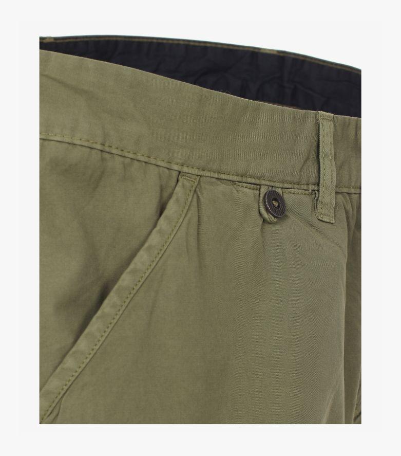 Shorts in Dunkelgrün - CASAMODA