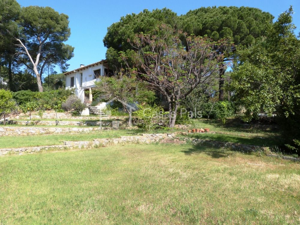 Semidetached house with large garden 5 minuts away from Platja de Pals