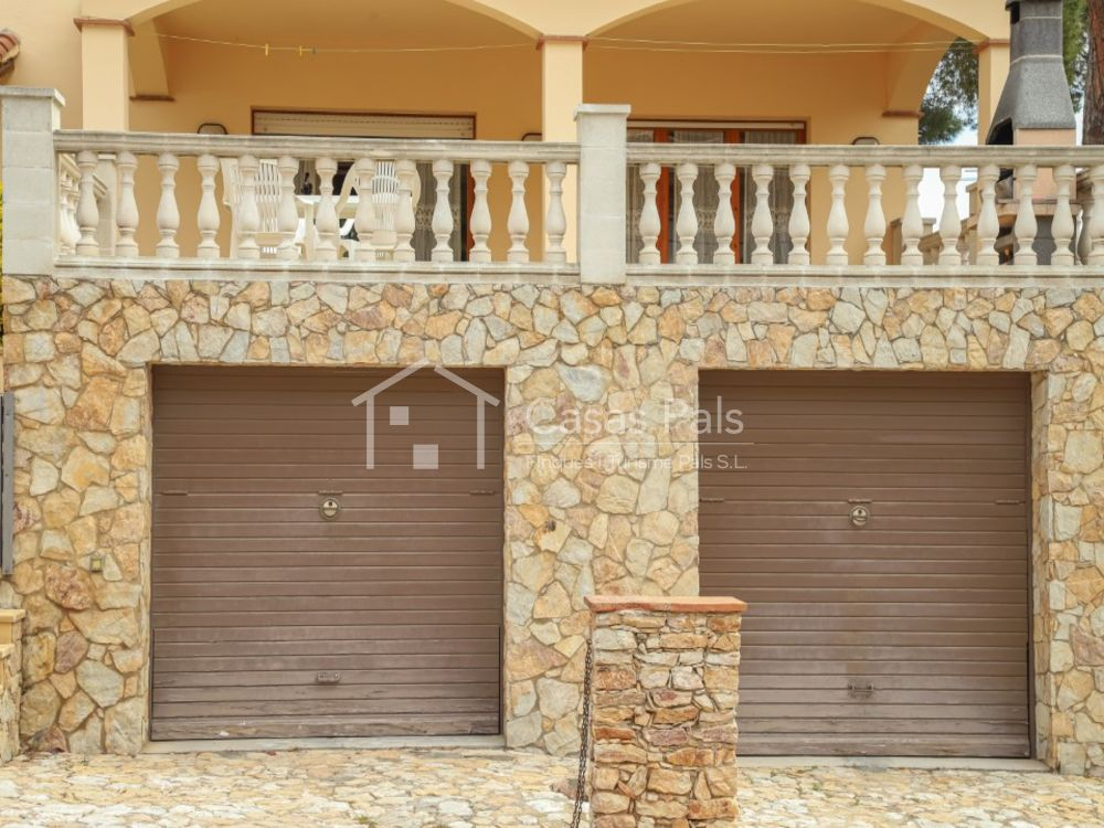 Villa près de la plage avec piscine privée à Pals
