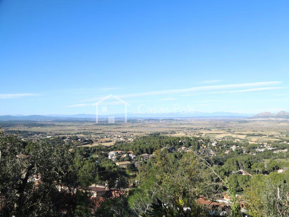 Xalet amb vistes panoràmiques del mar i la montaña