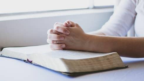 Pixabay,Prayer-1308663_640