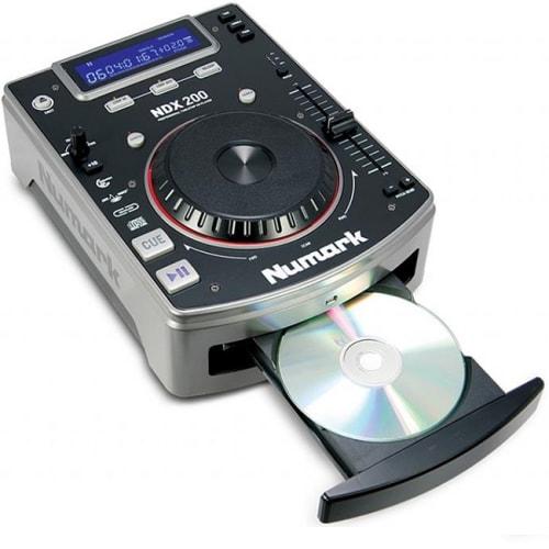 NUMARK BLACK DIGITAL TABLETOP DJ TURNTABLE (NDX200)