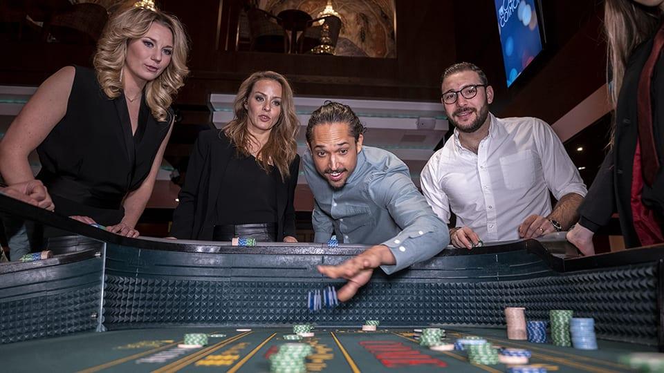 Craps -  ett tärningsspel på Casino Cosmopol i Stockholm