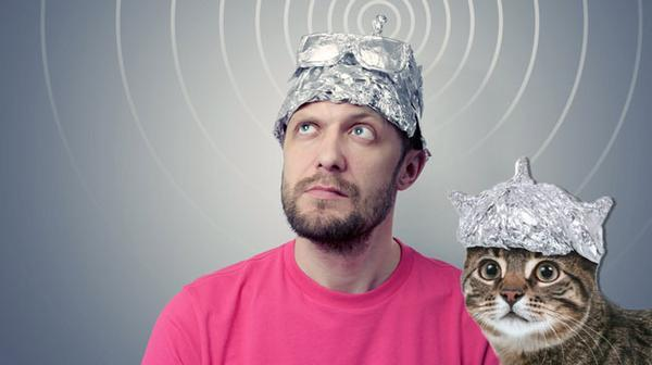 Online Gambling Tinfoil Hat Theories