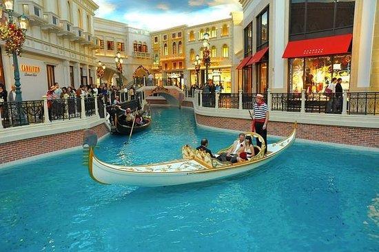top 5 casinos - part 3 - venetian gondola