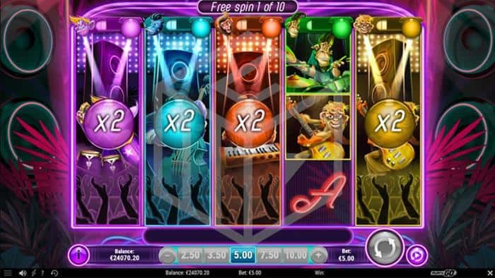 Play n go - Banana Rock. Image showing free spins feature