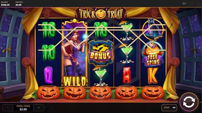 Trick o Treat slot reels with wild bonus and free spin symbols