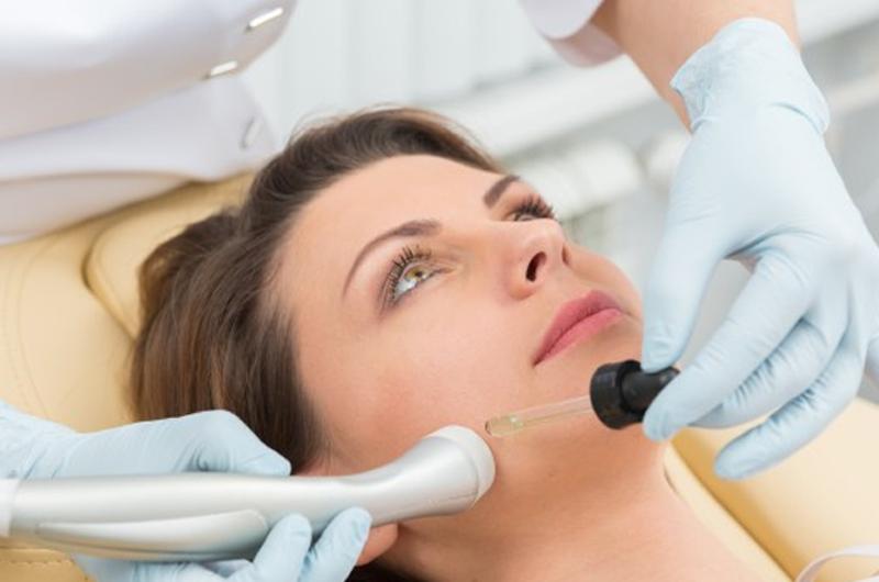 خدمات پوست ،مو و زیبائی
