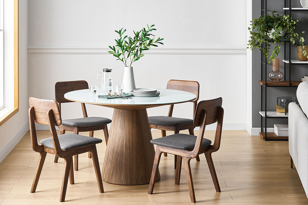 Round Or Rectangular How To Pick The, Small White Circle Dining Table And Chairs