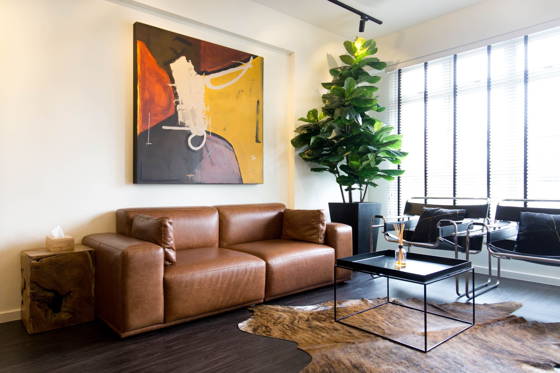 Benefits of Owning a Leather Sofa in Singapore | Castlery Singapore