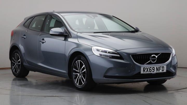 2019 Used Volvo V40 2L Momentum Edition T2