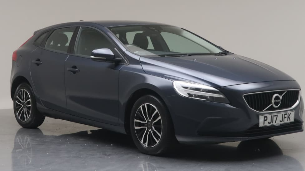 2017 Used Volvo V40 2L Momentum T2