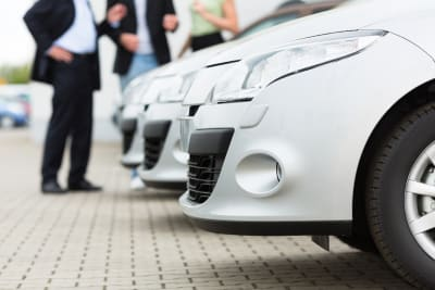 Artikel auto kopen of prive leasen