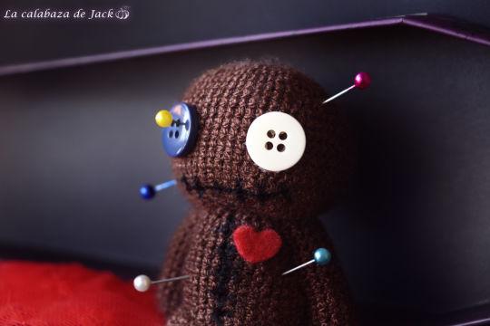 Voodoo Doll Amigurumi - La Calabaza de Jack - Crochet creation by La