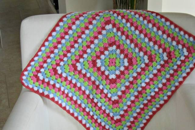 Basic Crochet Pattern For Granny Square : Wish Lists #2: Blankets - Crochet.Community