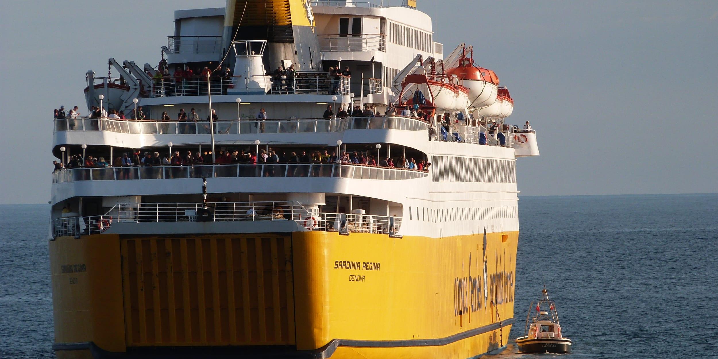Traghetti - Trasporti marittimi di passeggeri