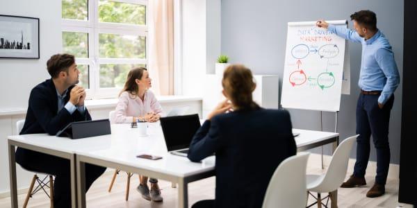 Articles connexes - Les grandes tendances du marché de la formation professionnelle : le cas de l'industrie et du numérique