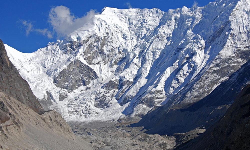 Glacier during Rolwaling Trekking