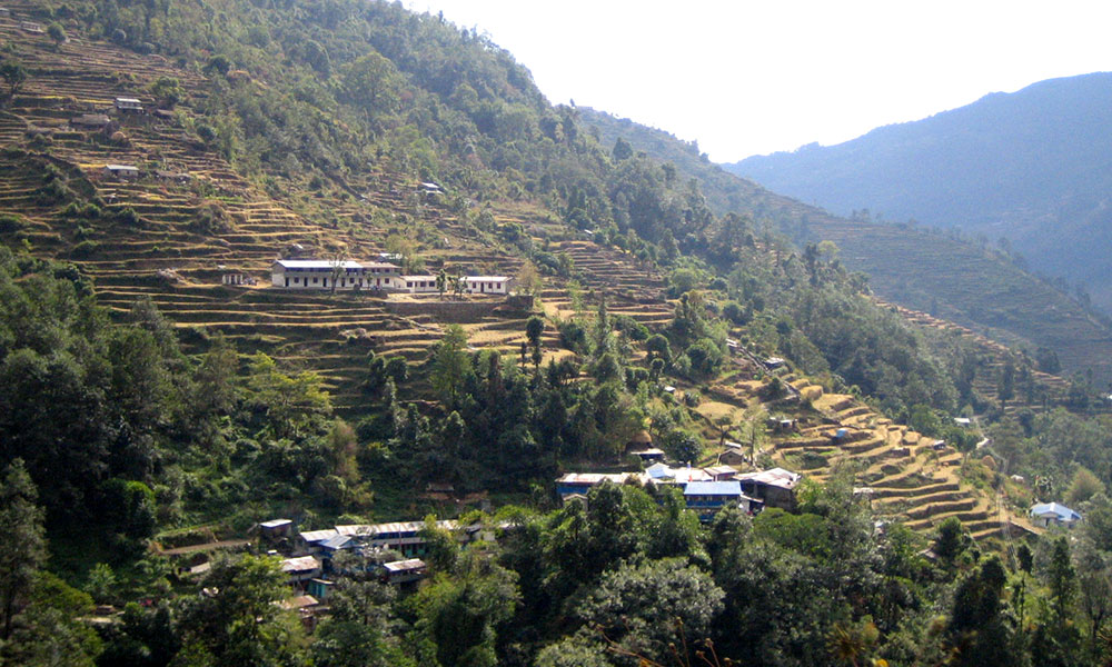 Small settlements and terraced fields